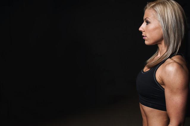 姿勢 女性 トレーニング