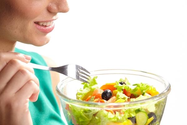 野菜を食べる健康