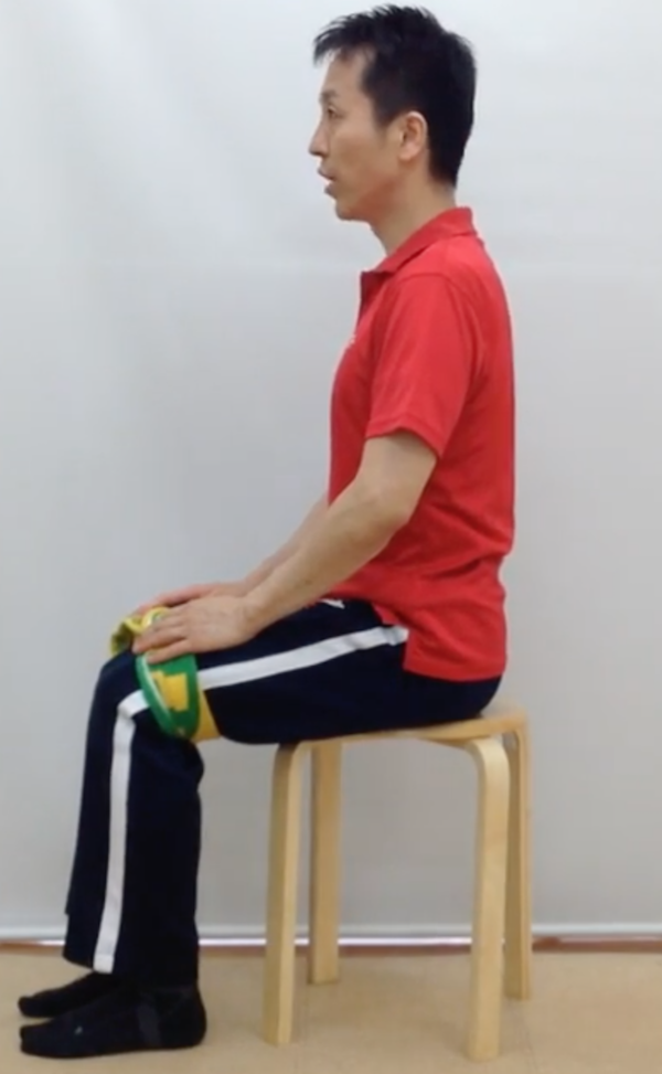 座り姿勢、腰痛予防、タオル矯正