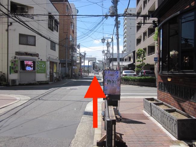 JR鶴ヶ丘05